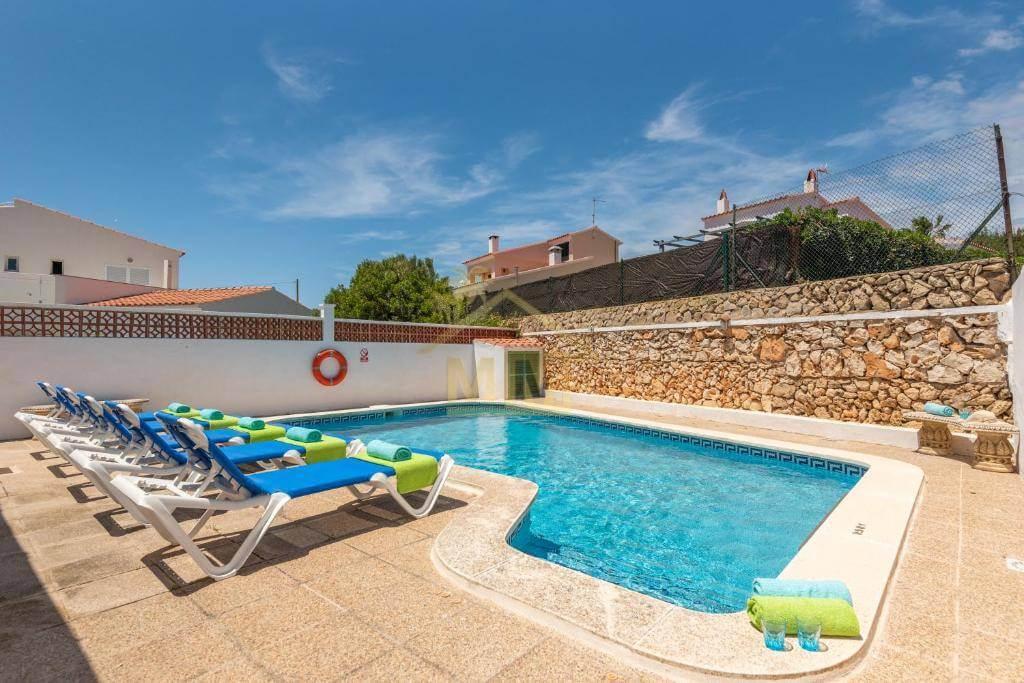 Punta Prima| Semi-detached villa with Tourist Licence