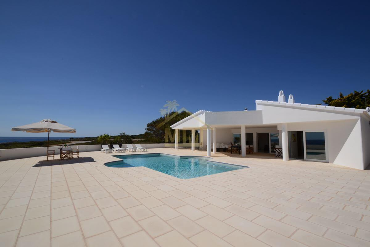 Binidali | Front-Line Villa with Stunning Views
