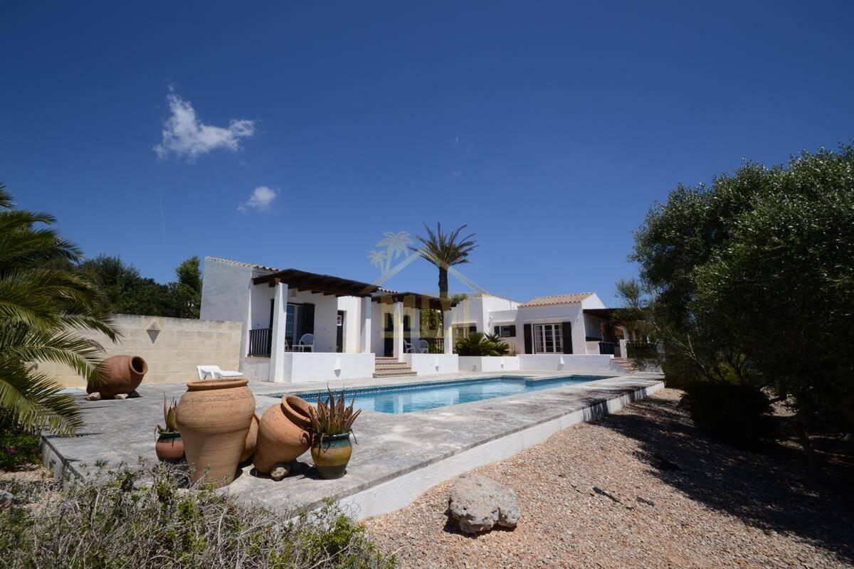 Trebaluger   Beautiful Villa with Guest Annex