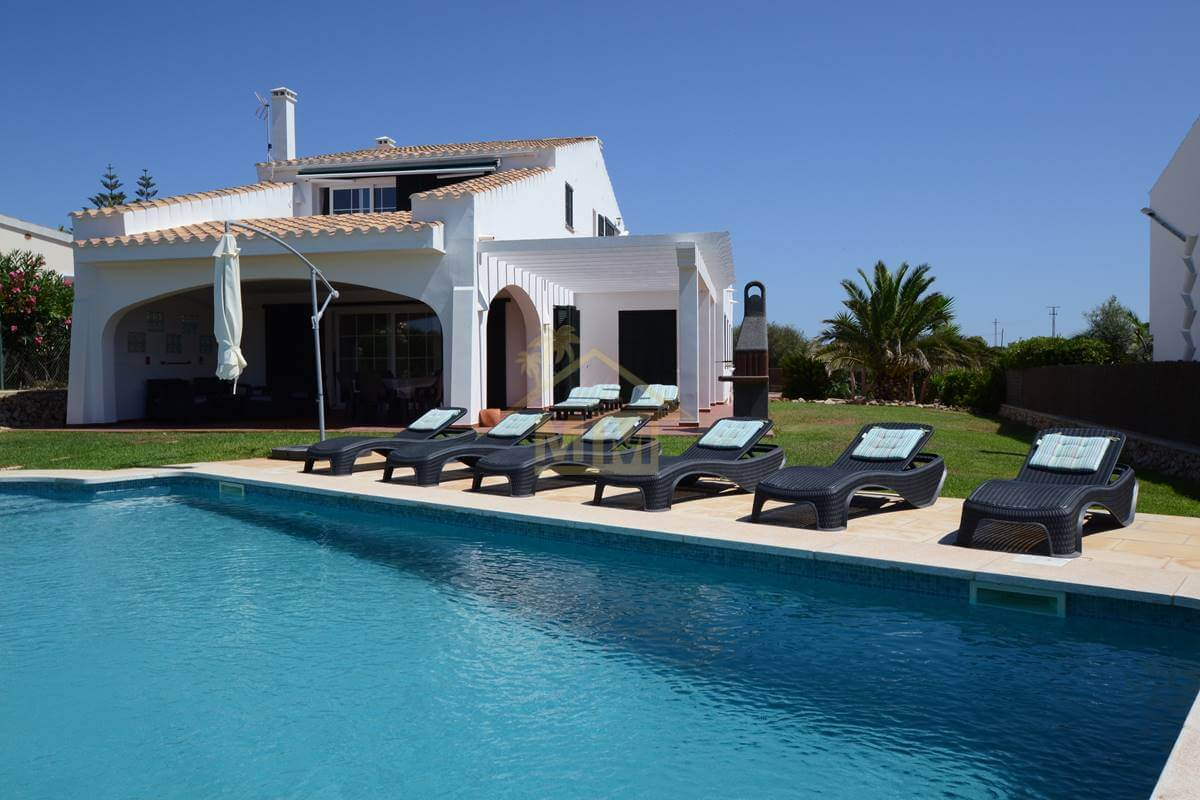 Binidali | Impressive 5 Bedroom Villa