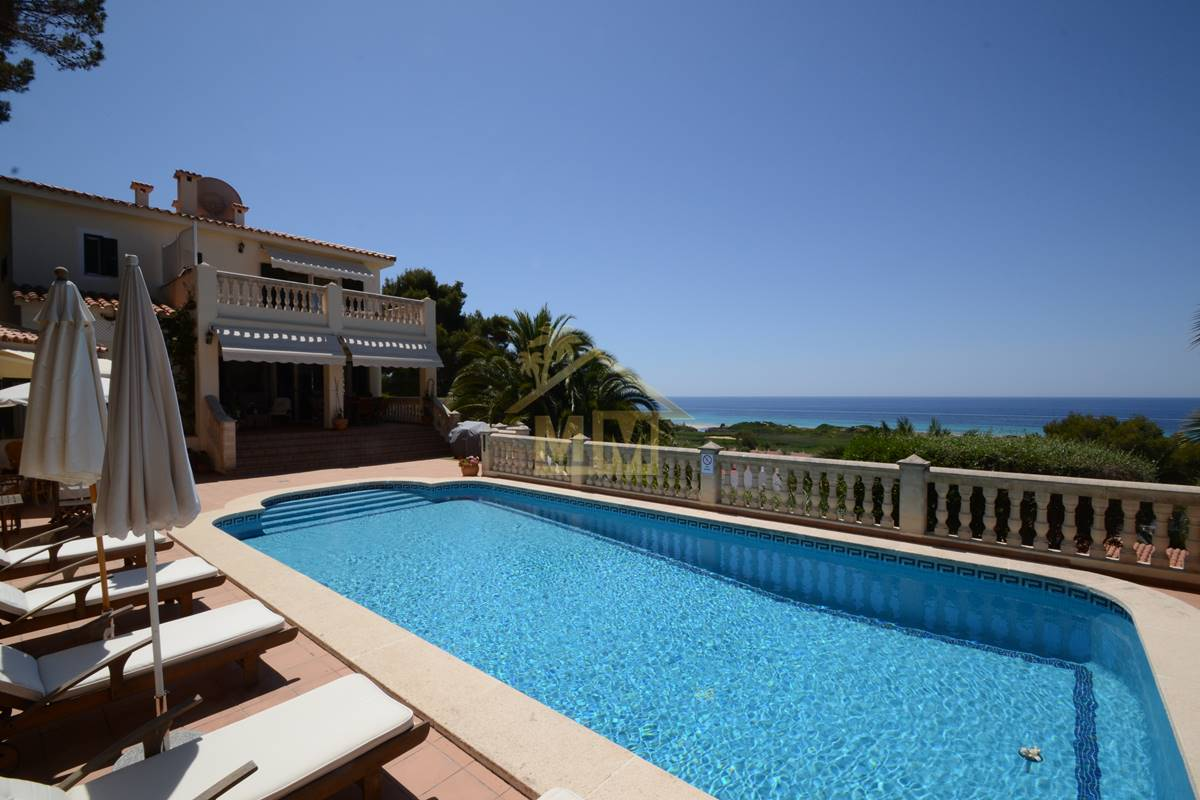 San Jaime | Immaculate villa with breath-taking views