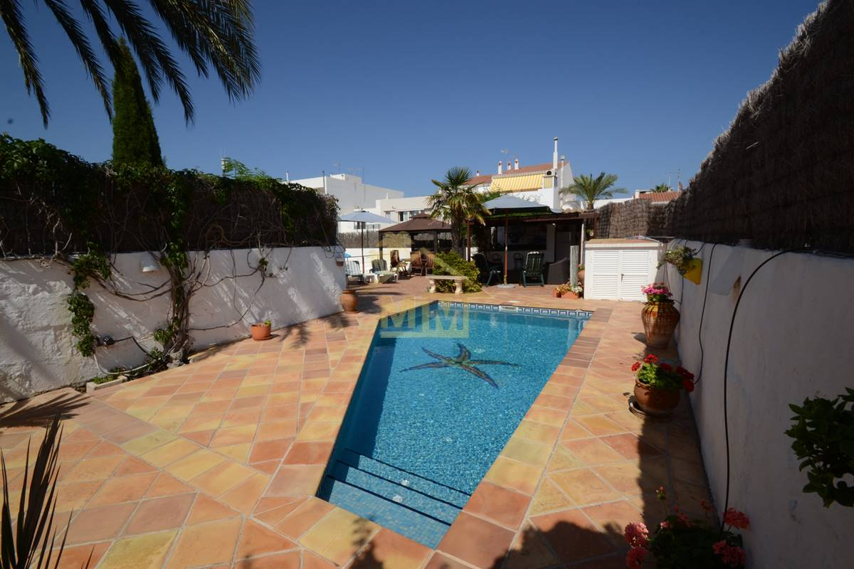 Sant Lluis | Townhouse with swimming pool and annex