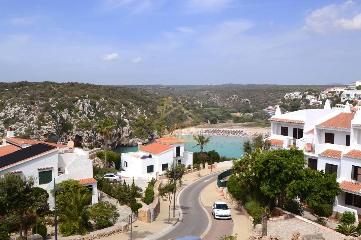 Calan Porter | Apartamento con vistas a la playa