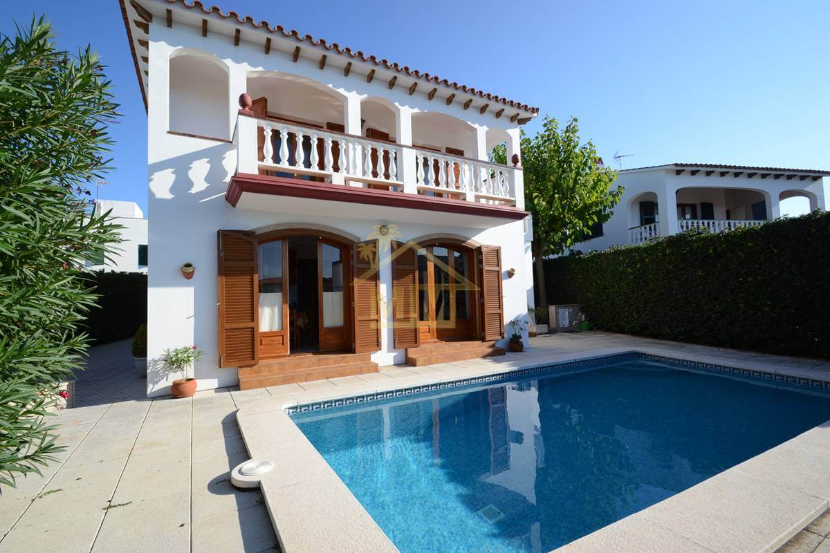 Addaya |Impressionnante villa  près du port