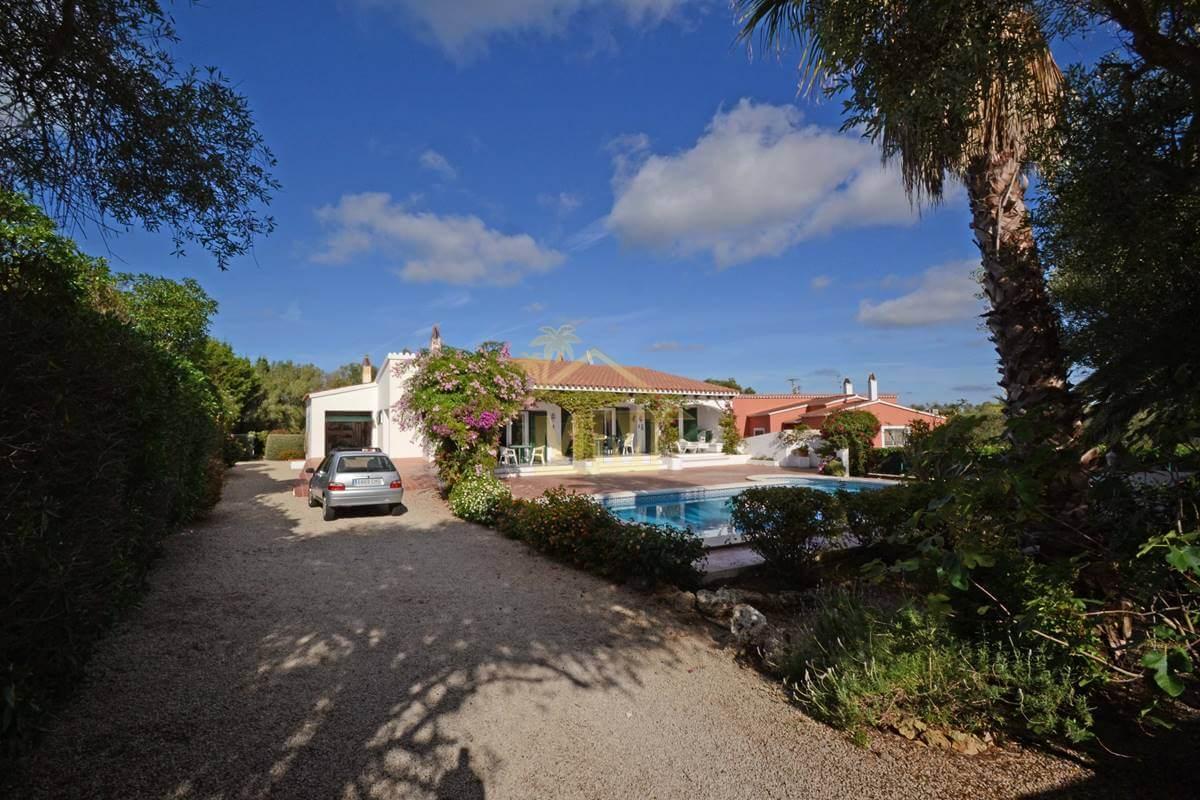 Binixica | Attractive 3 bedroom villa with private pool.