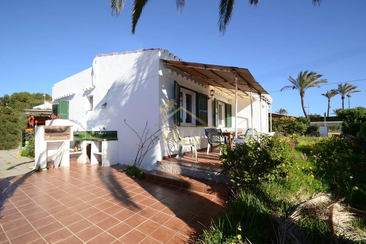 Punta Prima | Villa de 3 chambres à coucher avec vue sur la mer