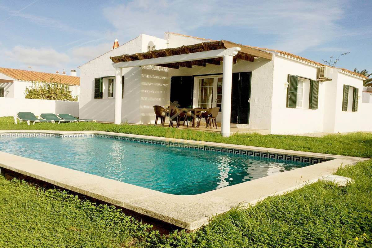 Calan Porter| 3 bedroom Villa with tourist licence