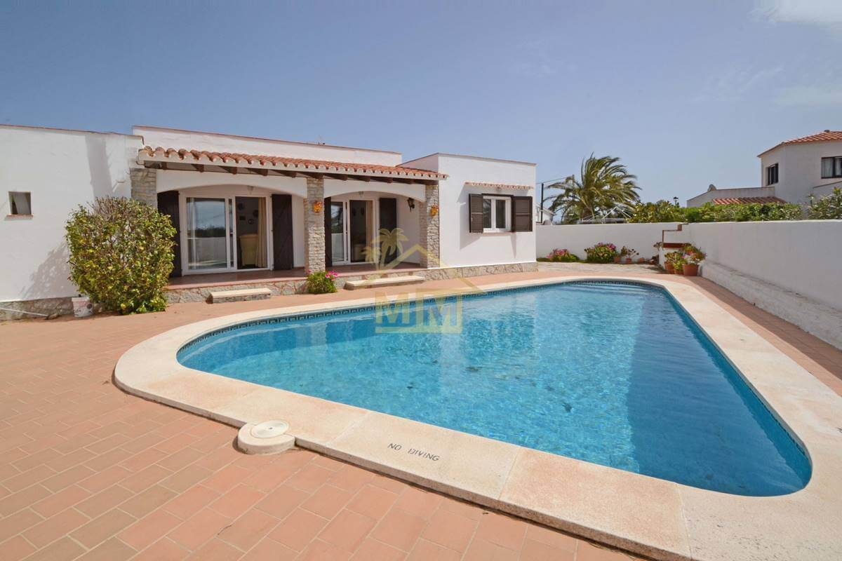 Calan Porter | Smart 3 bedroom villa with private pool