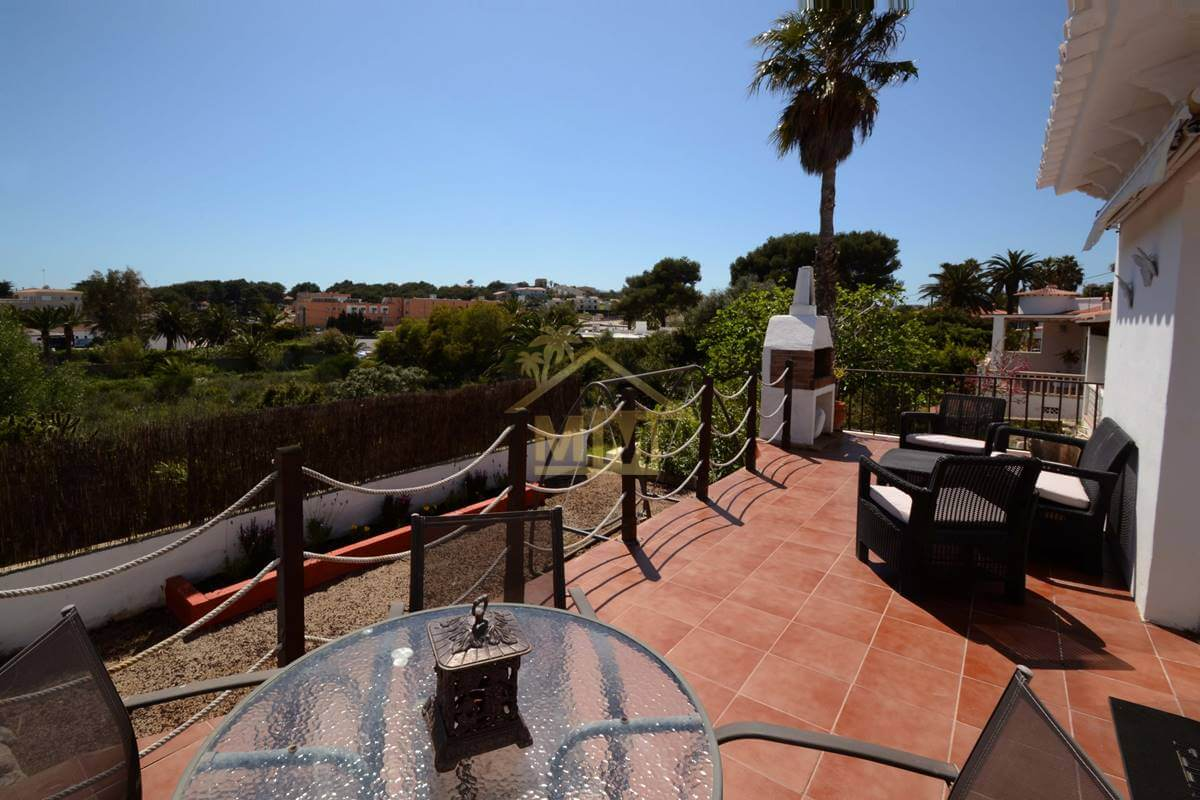 Punta Prima | Semidetached Villa with views