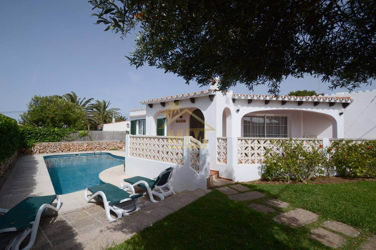 Punta Prima |  Charming Villa with Tourist Licence