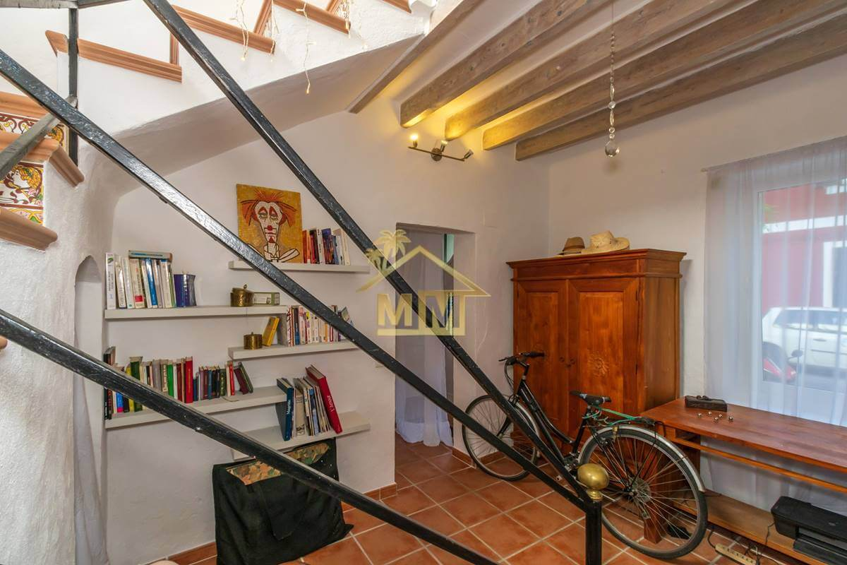 Es Castell | Townhouse in the centre
