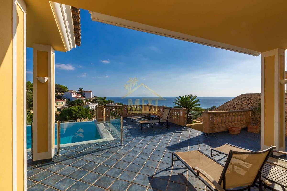 San Jaime | Wonderful villa with Stunning Sea Views and Tourist License