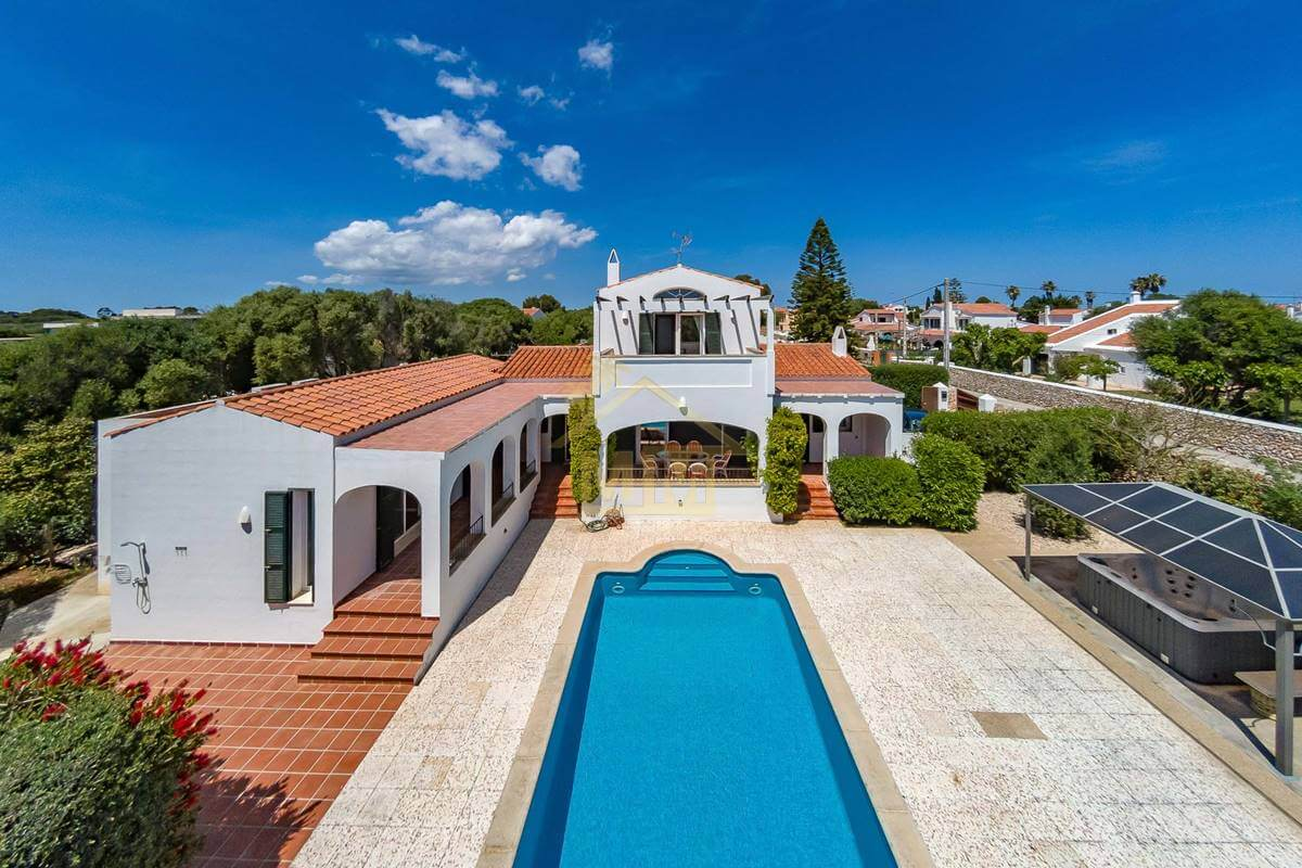 Trebaluger | 4 bedroom villa with stunning countryside views