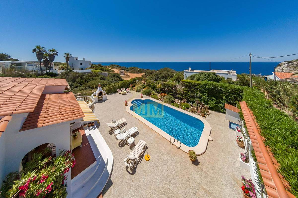 Calan Porter| Villa with fabulous sea views and Tourist Licence