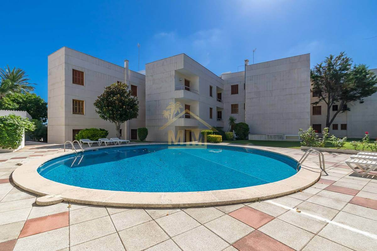Mahón| Spacious flat with views and communal Swimming pool