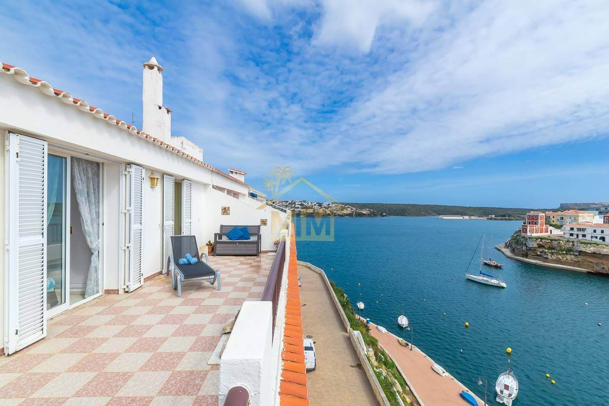 Es Castell| Apartment with spectacular views