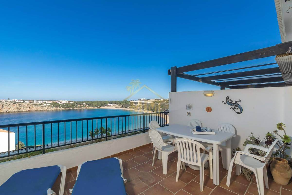 Arenal d'en Castell| Duplex with stunning sea views and communal pool
