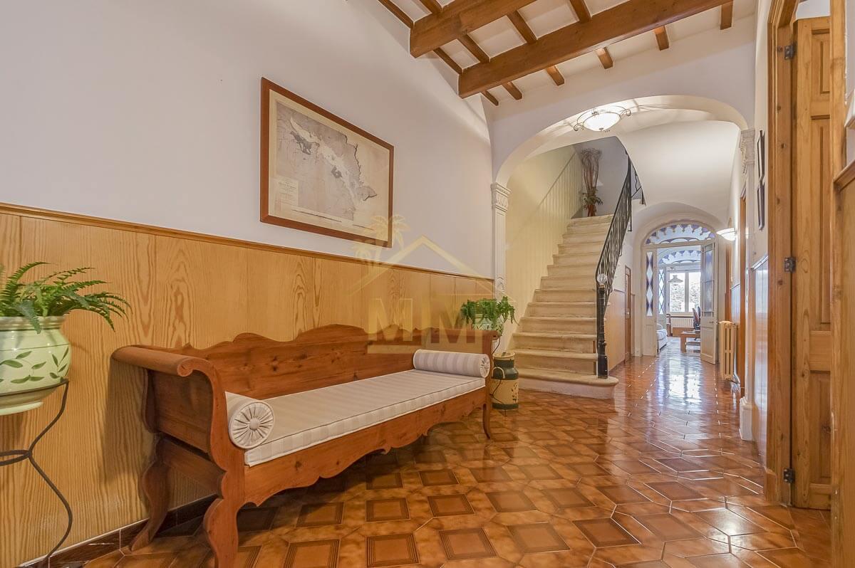 Mahón| Original Menorcan Townhouse