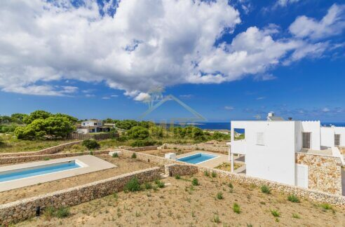 Villa for sale in Coves Noves Menorca