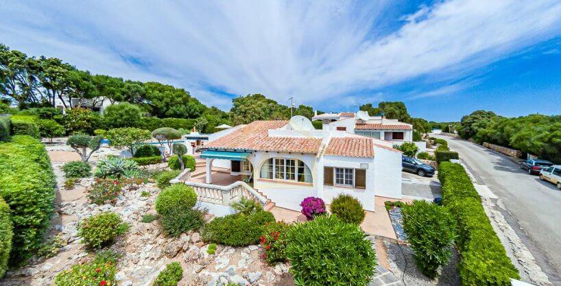 Binibeca| Charming Villa with Tourist License