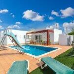 Villa for sale in Calan Porter Menroca