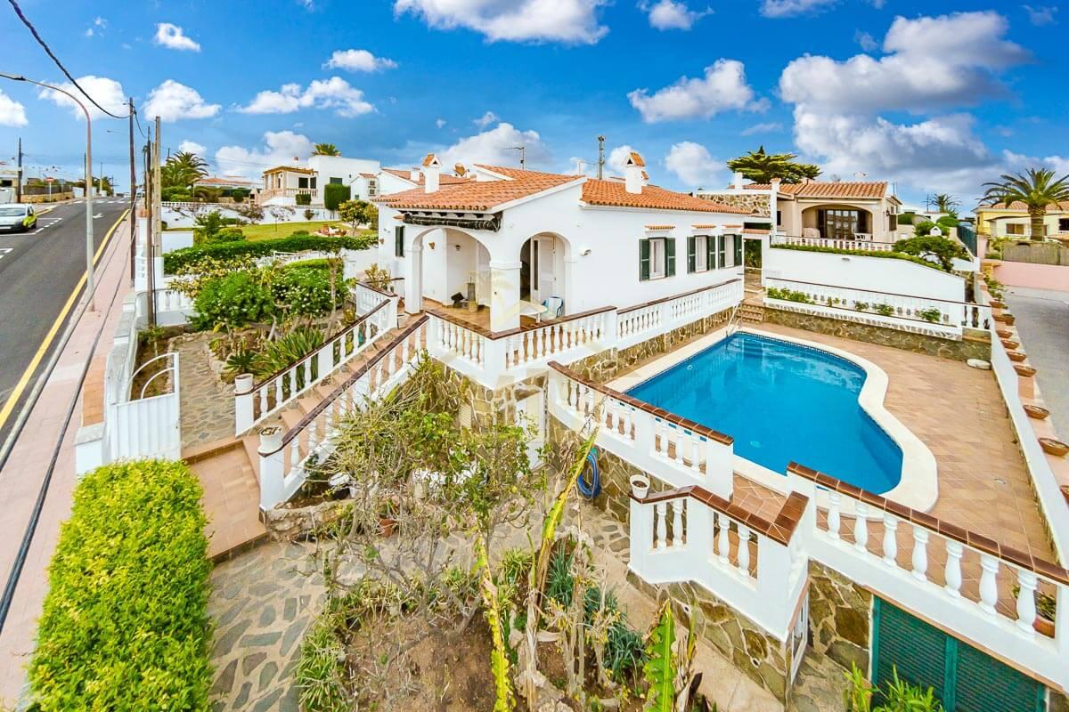 Calan Porter | Villa with private swimming pool