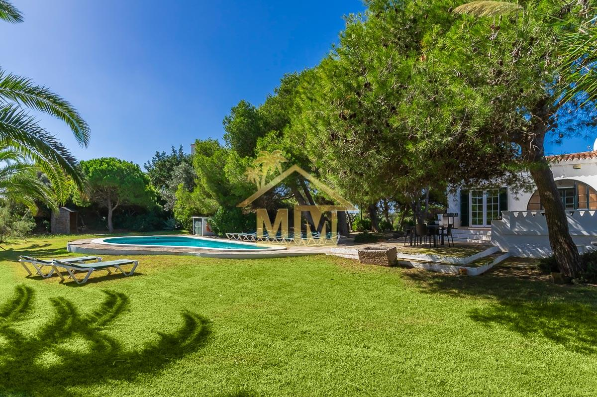 Es Castell| Country House with Tourist License