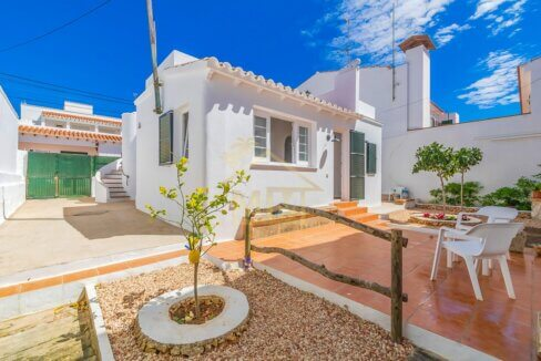 Villa for sale in Punta Prima Menorca