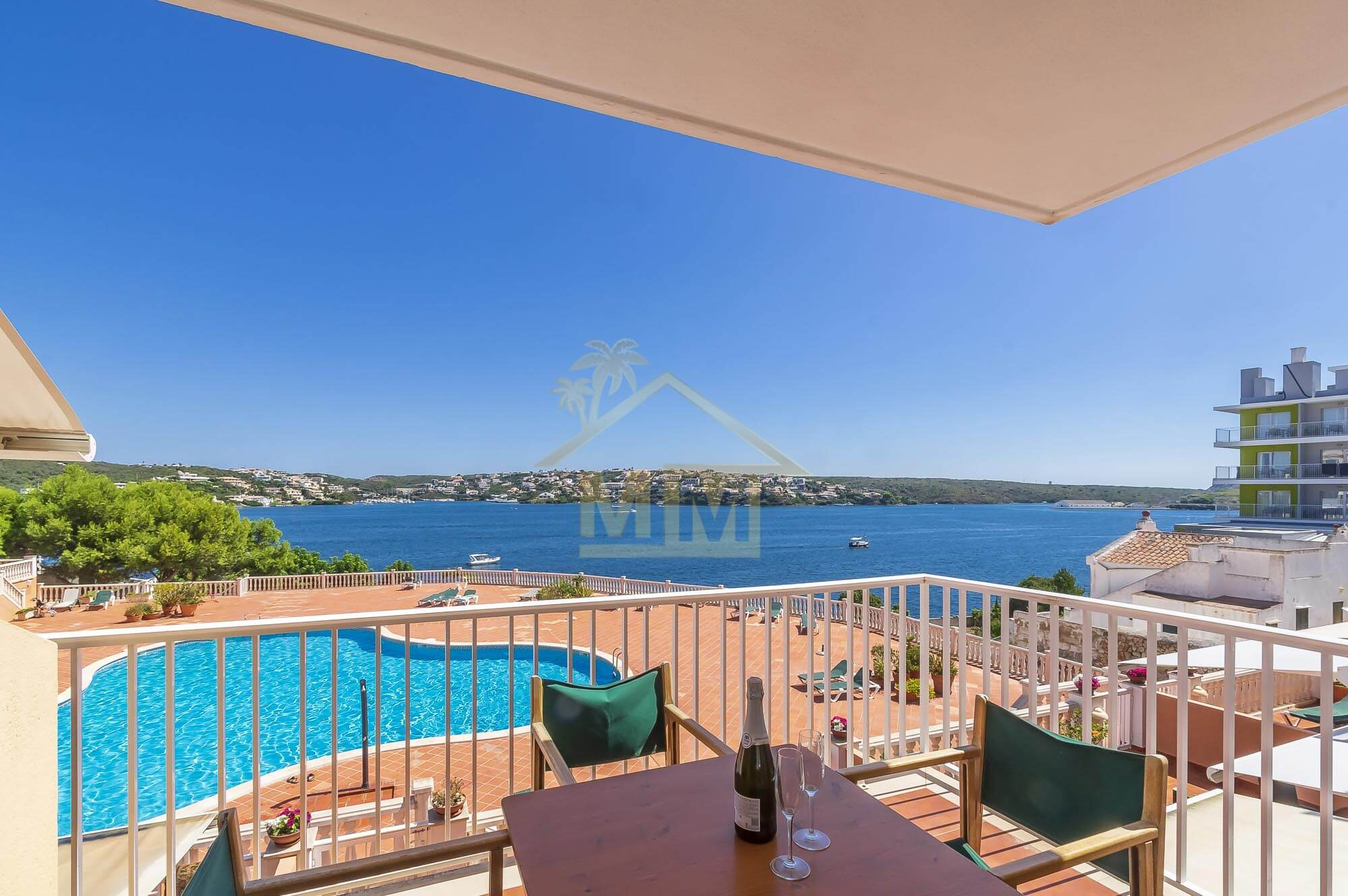 Es Castell | Apartment with stunning views and communal pool