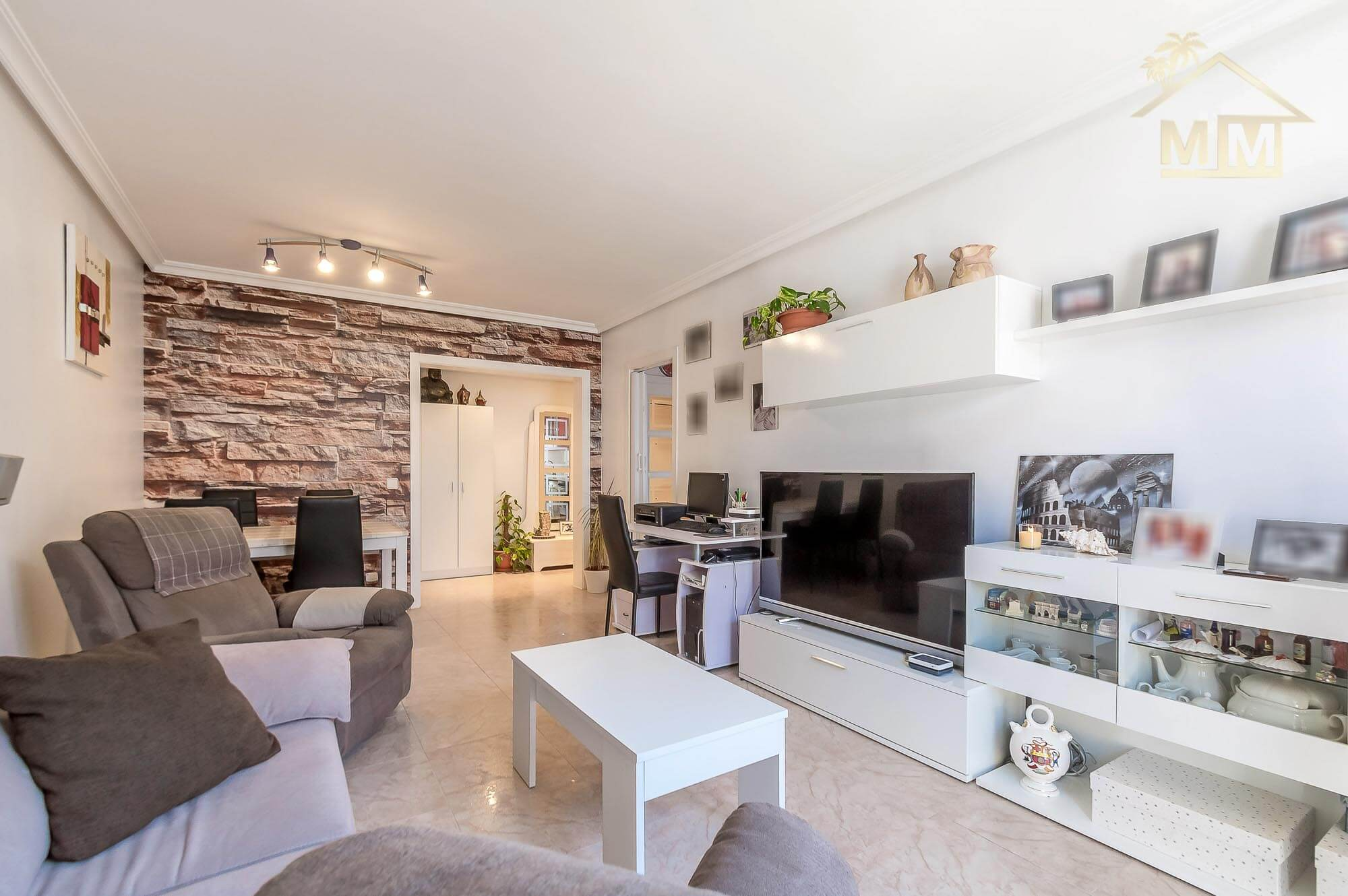 Es Castell| Smart flat in nice area