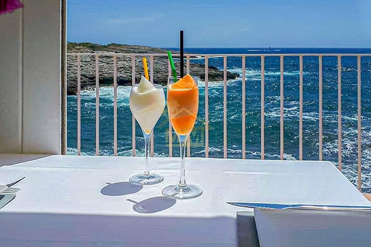 Cala Torret | Front-line restaurant with unbeatable sea views