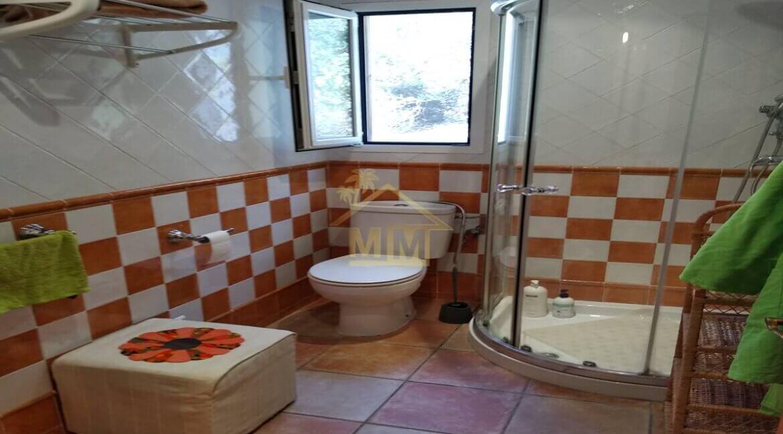 baño_naranja